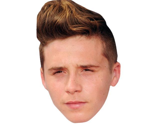 Brooklyn Beckham Celebrity Maske aus Karton
