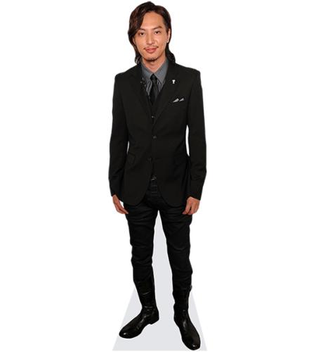 Takashi Tsukamoto (Suit)